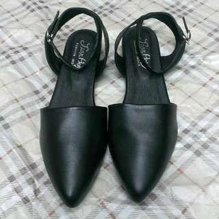 *全新*二手韓國尖頭繞帶低跟鞋