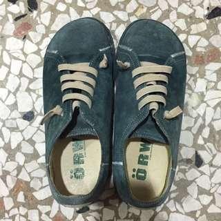 專櫃品牌 Orward 雞皮休息鞋