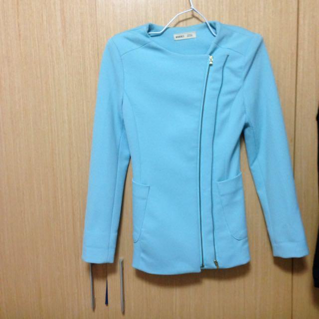 ❤️2016年春夏流行色:粉藍色西裝外套