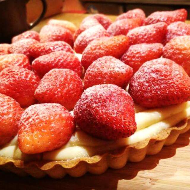 新鮮自製大湖草莓派(預訂制)