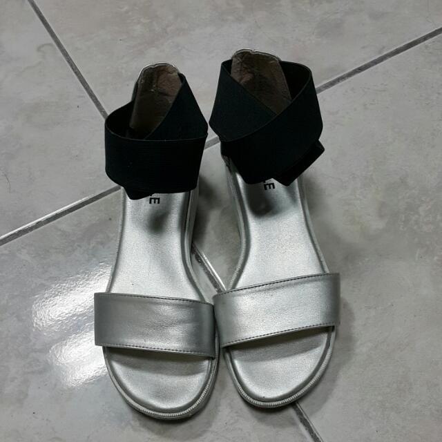 銀色氣質涼鞋