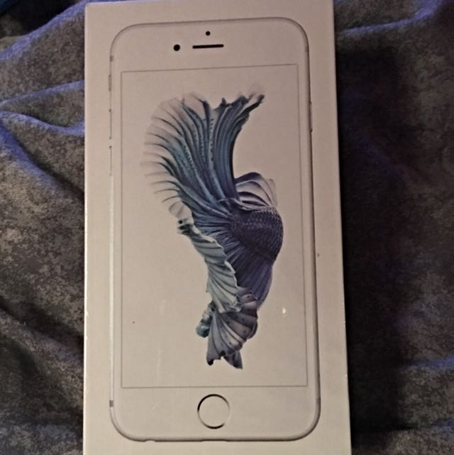 iPhone 6s 64gb Silver Unlocked FACTORY SEALED