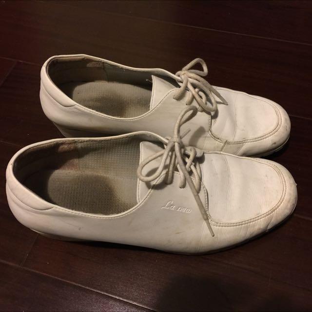 LA New 真皮全白休閒鞋