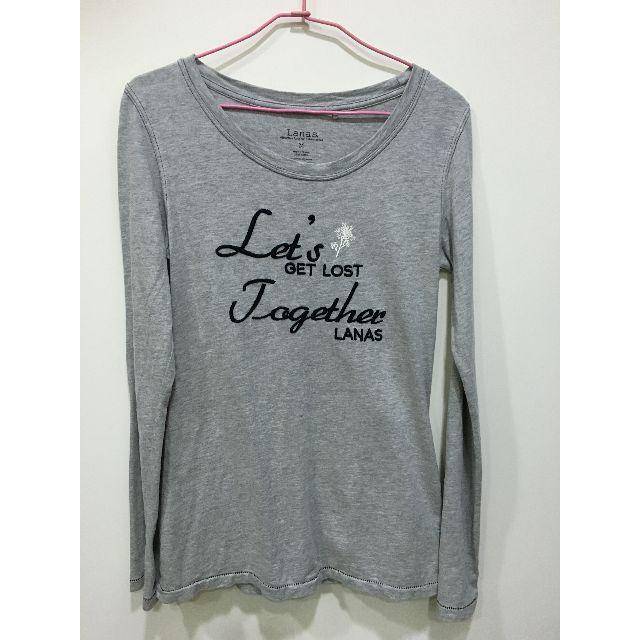 (二手) Lanas 草寫英文字繡TEE
