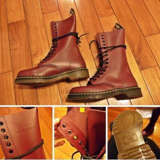 轉賣二手九成新正品Dr.martens14孔馬丁鞋