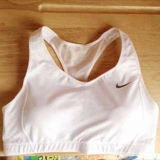 Nike 白色運動內衣