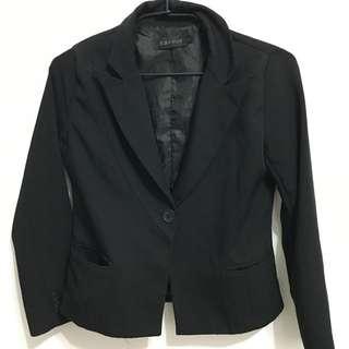 黑色正式西裝外套