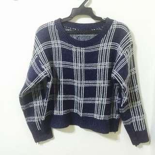 ✨全新✨深藍白條格子毛衣