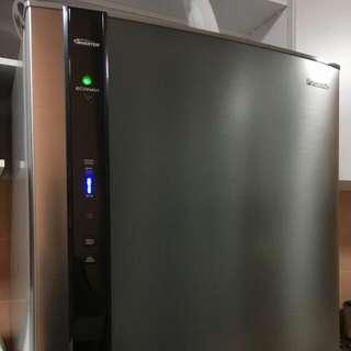 Panasonic INVERTER fridge 450 Litres