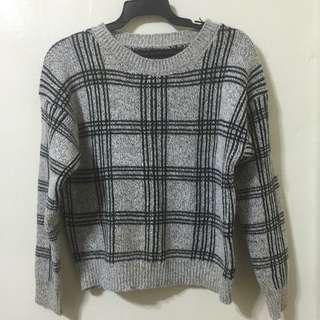 ✨全新✨灰色黑條格子毛衣