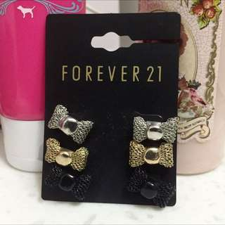 全新 Forever21 蝴蝶結耳環