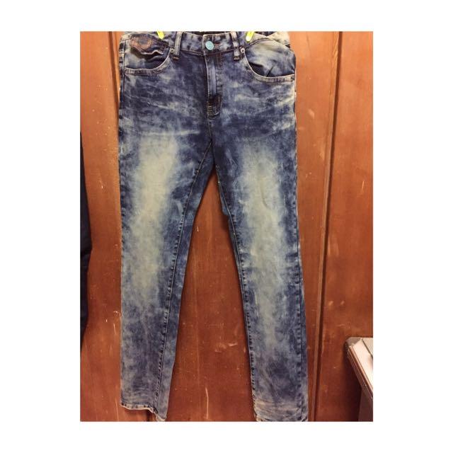 2#1全新雪花牛仔褲窄版
