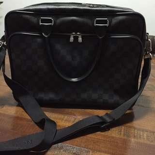Louis Vuitton Laptop/short Trip Bag