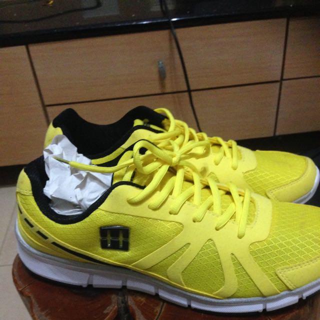 慢跑鞋,全新未穿,27cm.小港、林園、大寮面交