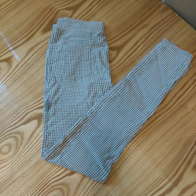 千鳥格窄管褲