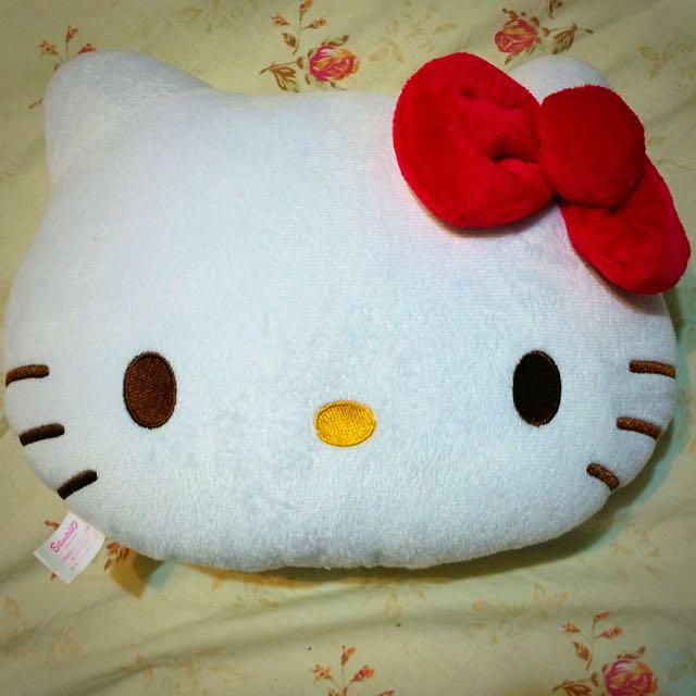 HELLO KITTY 凱蒂貓 午安枕 靠墊 娃娃 抱枕