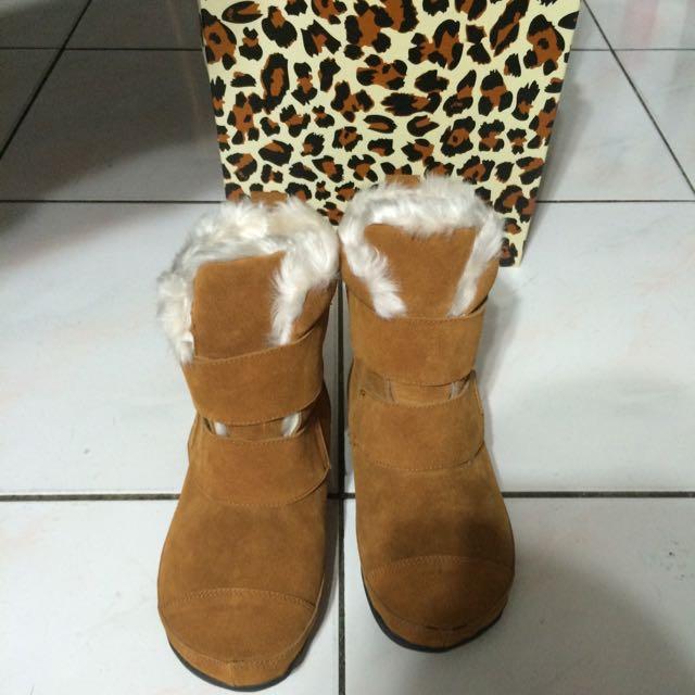 iki2咖色厚底雪靴