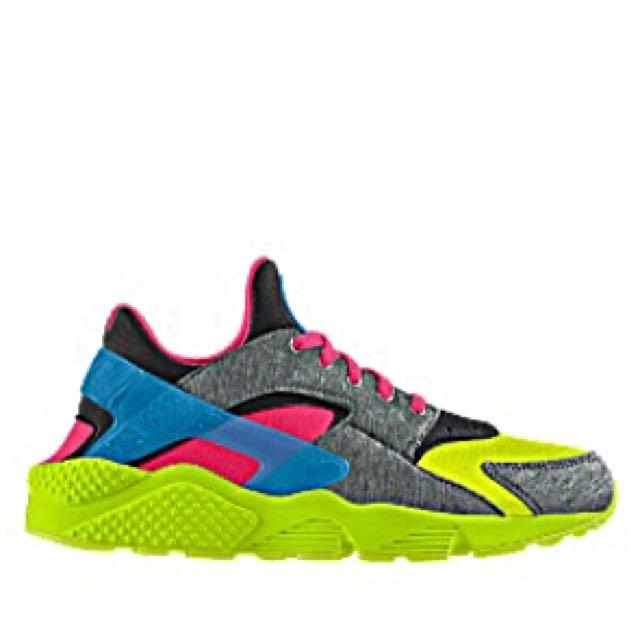 d9c7c9ade9b53 ... air huarache sneakers cfbcf bbb54  clearance nike huarache chris  brownus14 carousell 8f673 a7760
