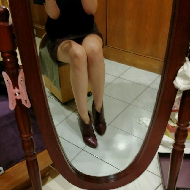 專櫃NINE WEST真皮咖啡偏紅裸靴