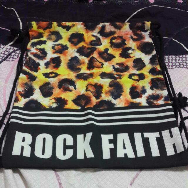 ROCK FAITH 束口後背包