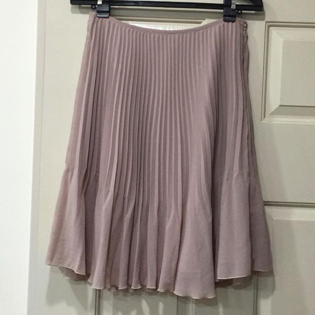 TOP DO 裸色百褶裙