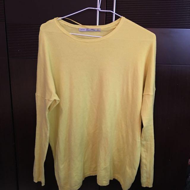 Zara 黃系色針織上衣