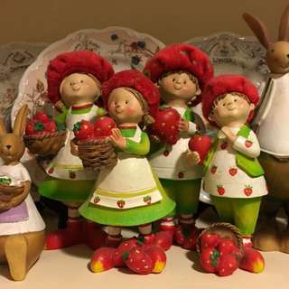 波麗娃娃共四款