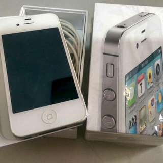 Iphone4 32G含手機殼,充電線,豆腐頭