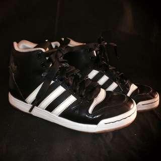 *adidas*黑色高筒運動鞋#二手商品