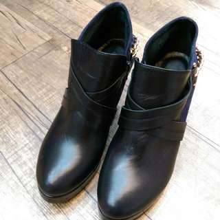 Donna真皮短靴