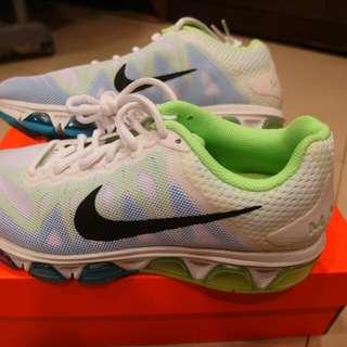 Nike air max 2000含運