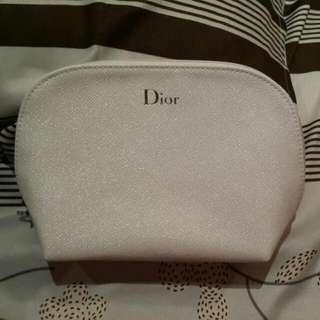 DIOR 閃亮  大容量化妝包 120元 運40元 <組合組+唇蜜+化妝包(任選1款)只要 1100含運>