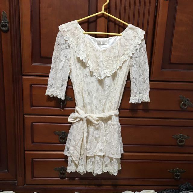蕾絲縮腰綁帶洋裝