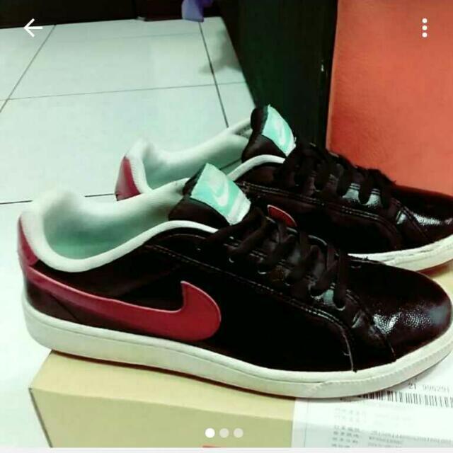 Nike 24.5 39碼