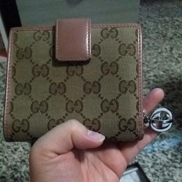 811a0dd6d19 Pre-owned Authentic Gucci Women s Wallet With Plenty Of Card Slot ...