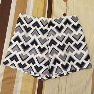 幾何圖形🔲🔳雪紡短褲