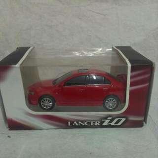 (保留中)LANCER IO 立體 仿真 紅色 模型車