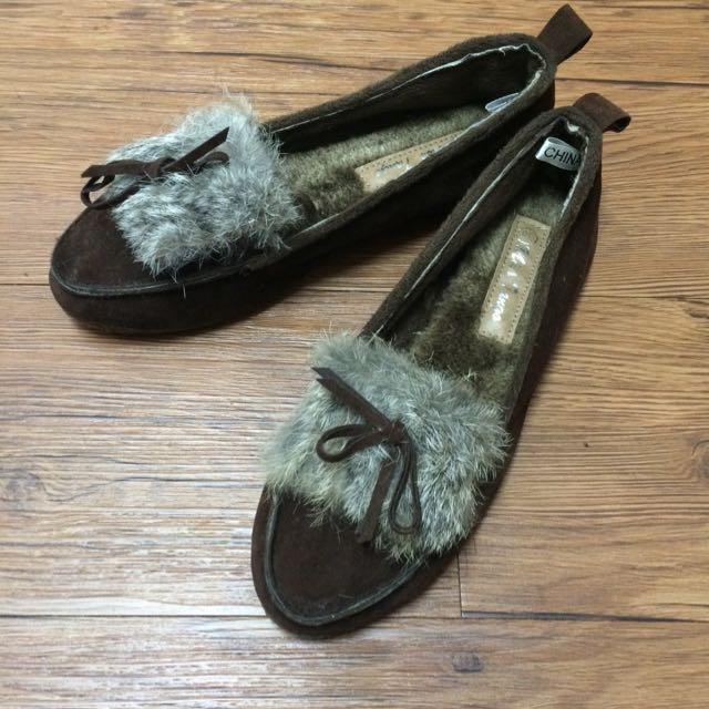 咖啡色毛毛鋪棉平底鞋
