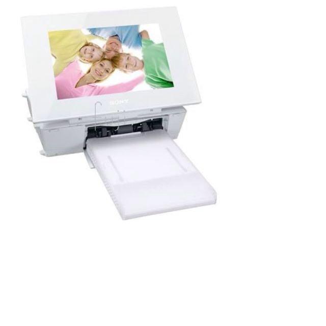 可刷卡- 全新SONY原廠相片印表機 - 簡單 3 步驟、63 秒快速列印! 結合數位相片欣賞與即時相片列印功能,讓您可以即時列印、即時分享。