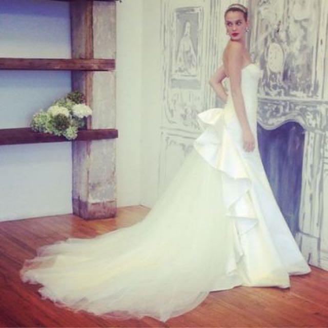 Truly Zac Posen Wedding Gown, Luxury on Carousell