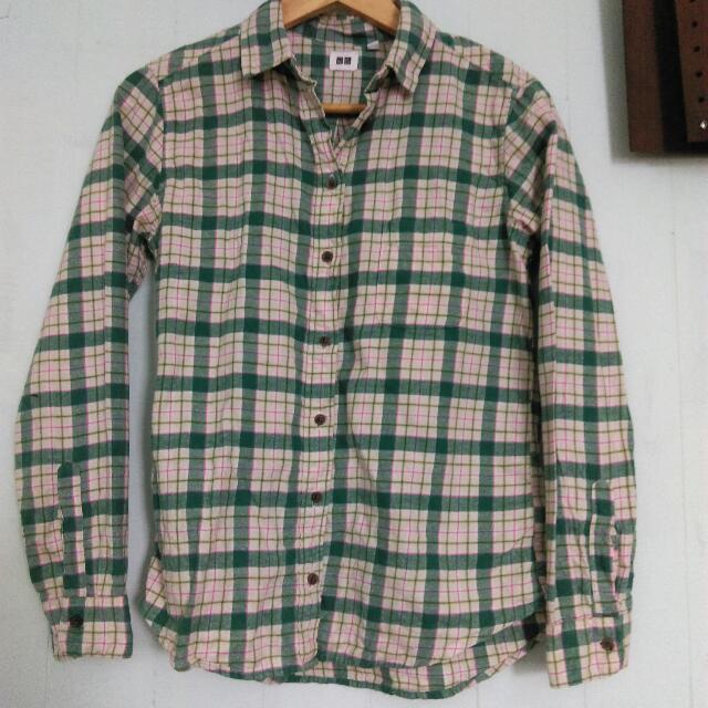 uniqlo綠色格紋法蘭絨襯衫