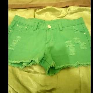 Tiffany綠短褲(含運)