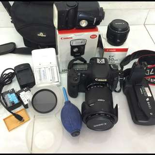 Canon 7D Full Set Plus 2 Lens