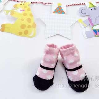 圓點寶寶襪