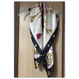 ✨時尚風優雅絲巾✨