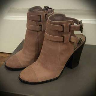 Vince Camuto Ankle Boots - Size 7