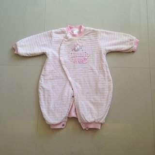女嬰冬季超厚連身衣