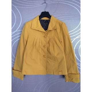 NET黃色娃娃領外套