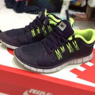 Nike Free 5.0慢跑鞋
