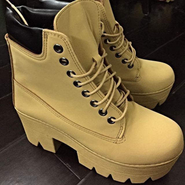 棕色馬丁靴👟